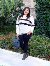 curvy girl chic - plus size fashion and style blog,blogger,sweater,jeans,shoes,bag,chanel bag