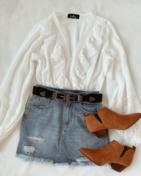 skirt belt top shoes