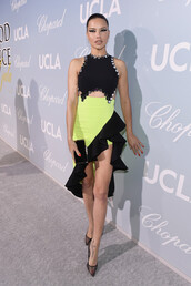 shoes,adriana lima,celebrity,asymmetrical,asymmetrical dress,pumps