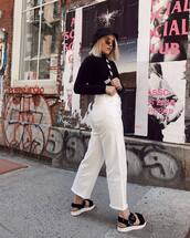 shoes,platform sandals,black sandals,white jeans,cropped jeans,straight jeans,black turtleneck top,bucket hat