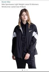 jacket,nike,nike jacket,nike sportswear,windbreaker,nike windbreaker