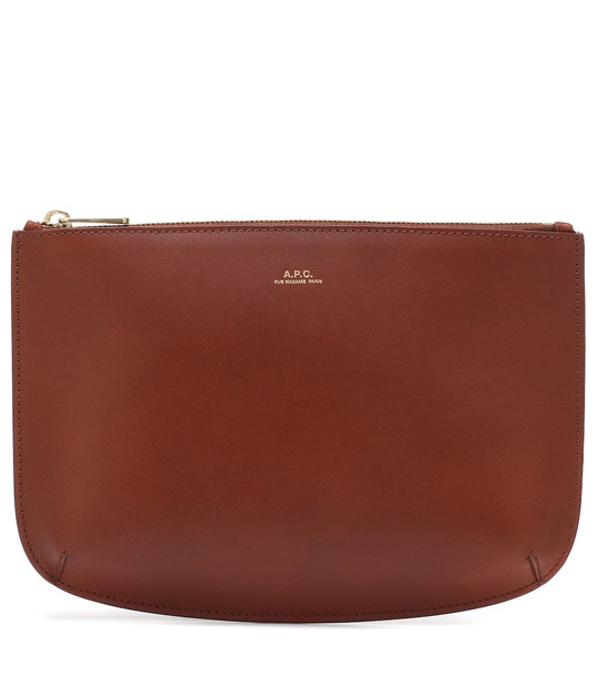 A.P.C. Sarah leather pouch in brown