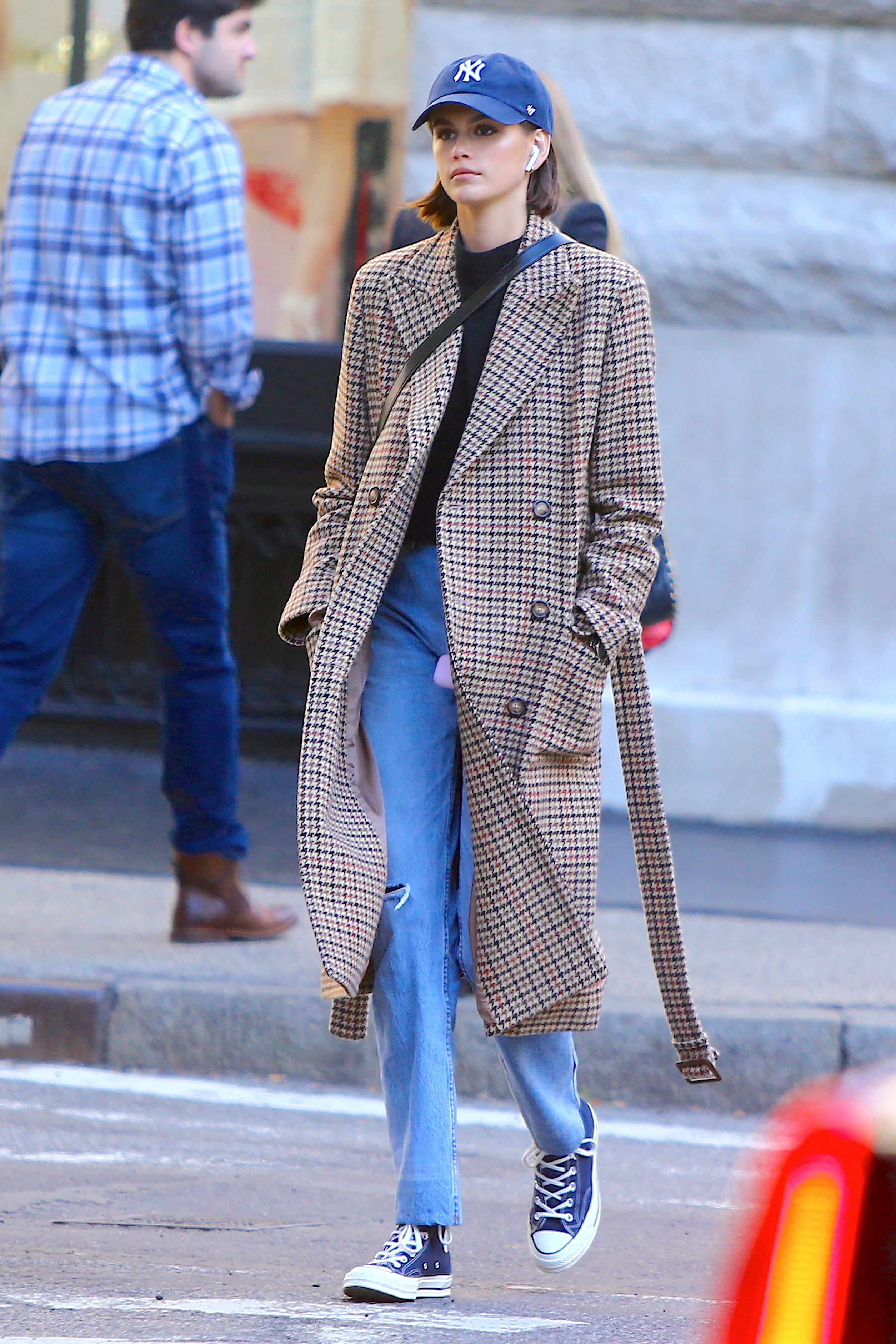 coat kaia gerber model off-duty streetstyle fall outfits casual
