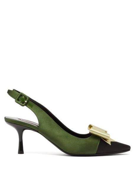 Fabrizio Viti - Gabor Bow Embellished Satin Slingback Pumps - Womens - Green Multi
