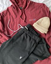sweater,pants,hat