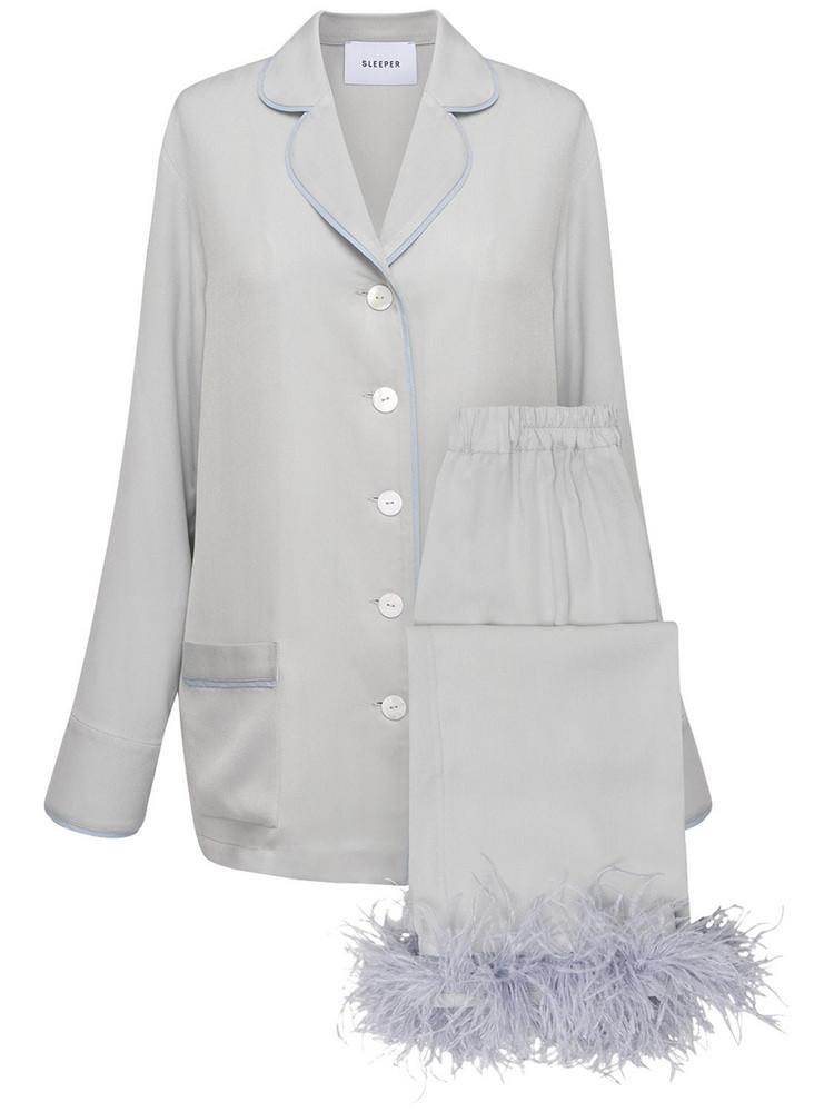 SLEEPER Party Pajama Set W/ Feathers in grey