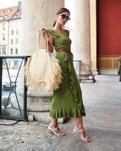 dress,midi dress,ruffle dress,short sleeve dress,green dress,belt,white sandals,maxi bag