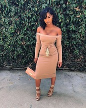 dress,tight,beige,nude,cream,bodycon,belted,fold over,high waisted,strapless