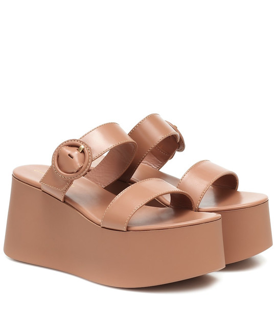 Gianvito Rossi Leather platform sandals in beige
