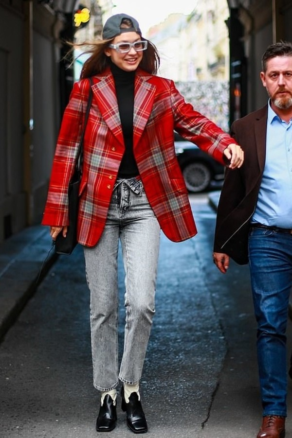 jacket plaid blazer suit gigi hadid model off-duty fall outfits fashion week