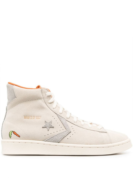 Converse x Bugs Bunny high-top sneakers in neutrals