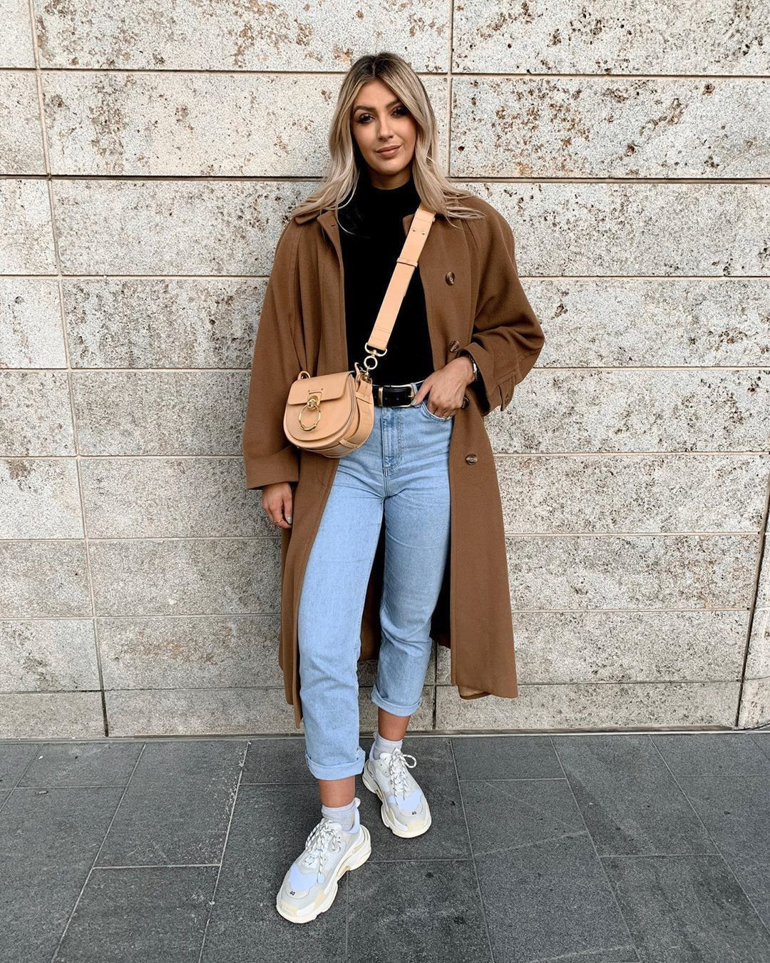 bag crossbody bag sneakers high waisted jeans long coat black turtleneck top
