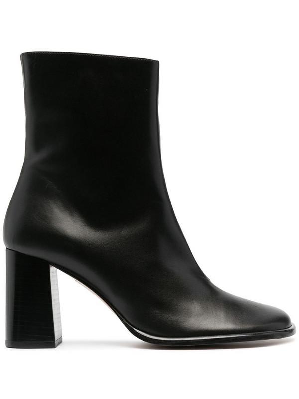 Abra Duck bill-toe boots in black