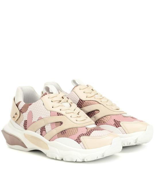 Valentino Garavani Bounce camo sneakers in pink