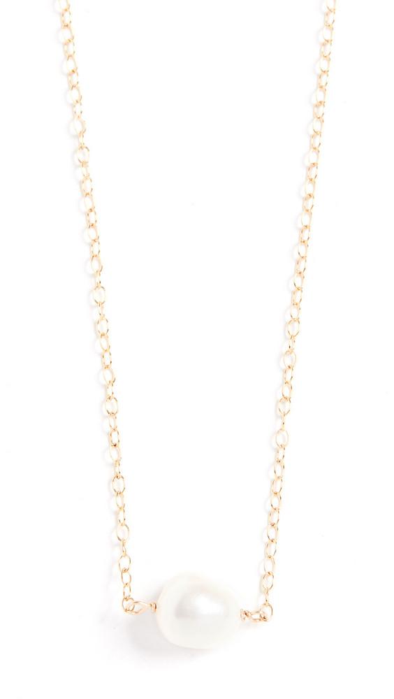 Maison Monik Single Pearl Necklace in gold