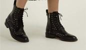 shoes,studded shoes