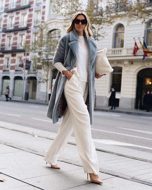 coat faux fur coat pumps wide-leg pants white pants white blouse white bag