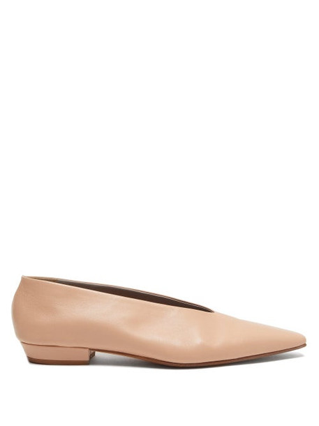 Bottega Veneta - Squared Toe Leather Flats - Womens - Nude
