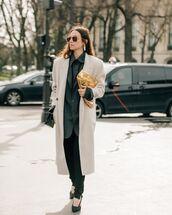 bag,handbag,long coat,pumps,black pants,blazer,shirt