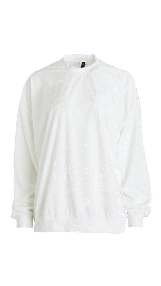Onzie Velvet Boyfriend Sweatshirt in white