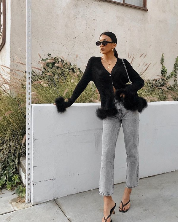 sweater black cardigan high waisted jeans straight jeans black sandals bag