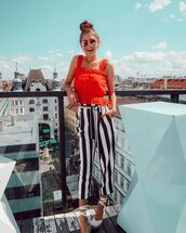 pants,striped pants,high waisted pants,black and white,platform sandals,crop tops,lace top