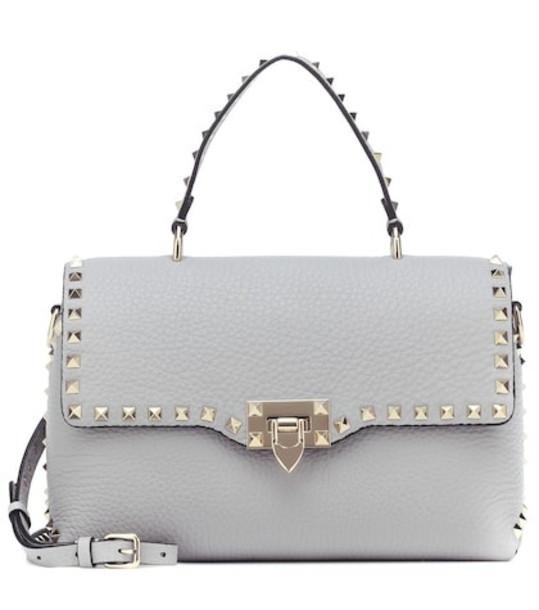 Valentino Garavani Rockstud leather shoulder bag in grey