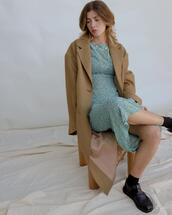 coat,dress