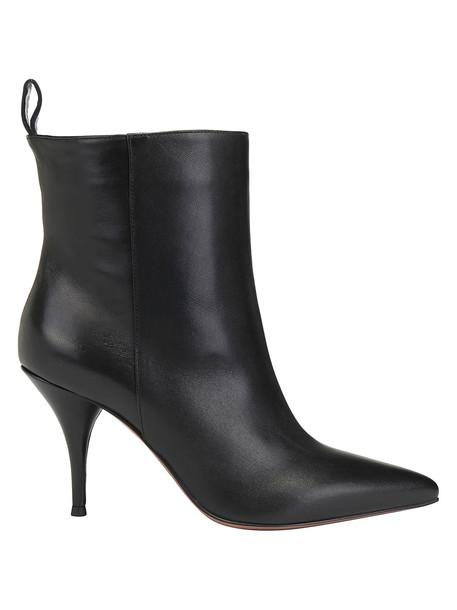 Lautre Chose Bootie in black