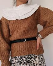 belt,sweater,jewels