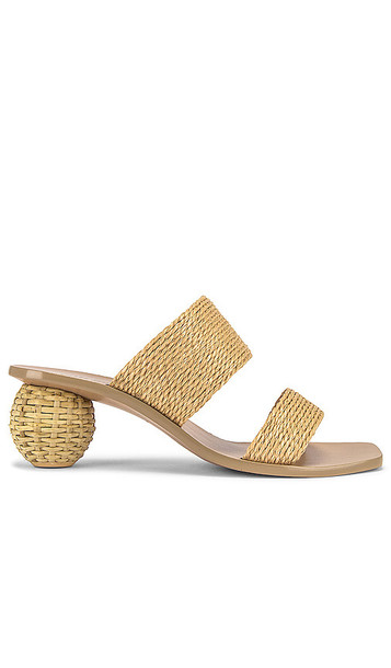 Cult Gaia Jila Sandal in Tan