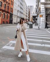 coat,long coat,trench coat,white sneakers,cropped jeans,white jeans,sweater,bag
