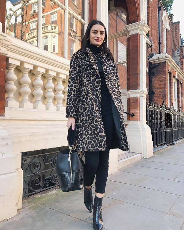 coat oversized coat bag black bag shoulder bag ankle boots black boots leopard print black pants skinny pants black turtleneck top