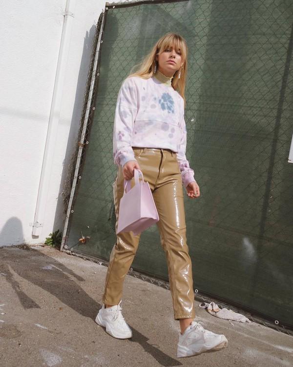 top long sleeves urban outfitters white sneakers vinyl high waisted pants pink bag handbag turtleneck