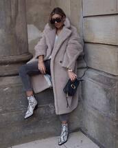 shoes,ankle boots,snake skin,black bag,handbag,long coat,teddy bear coat,jeans,white top