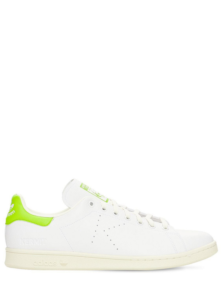 ADIDAS ORIGINALS Kermit Stan Smith Sneakers in white