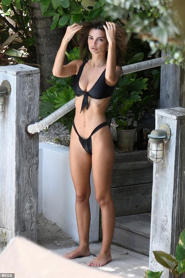 swimwear bikini bikini top bikini bottoms emily ratajkowski model off-duty black swimwear