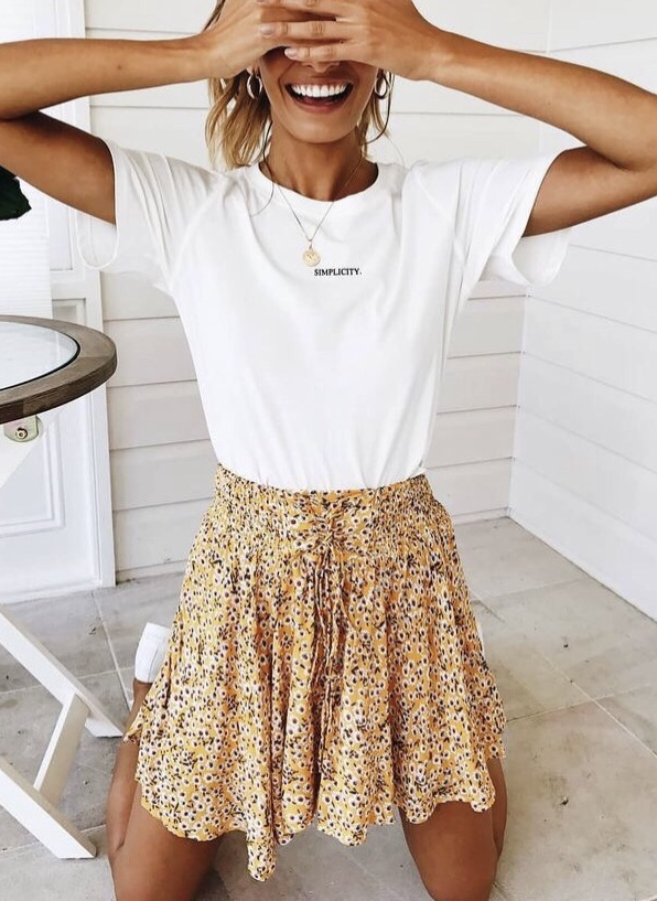 skirt flowy mini skirt floral skirt lifestyle back to school sweet cute