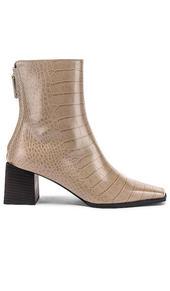 Reike Nen Cube Heel Basic Boots in Grey in taupe