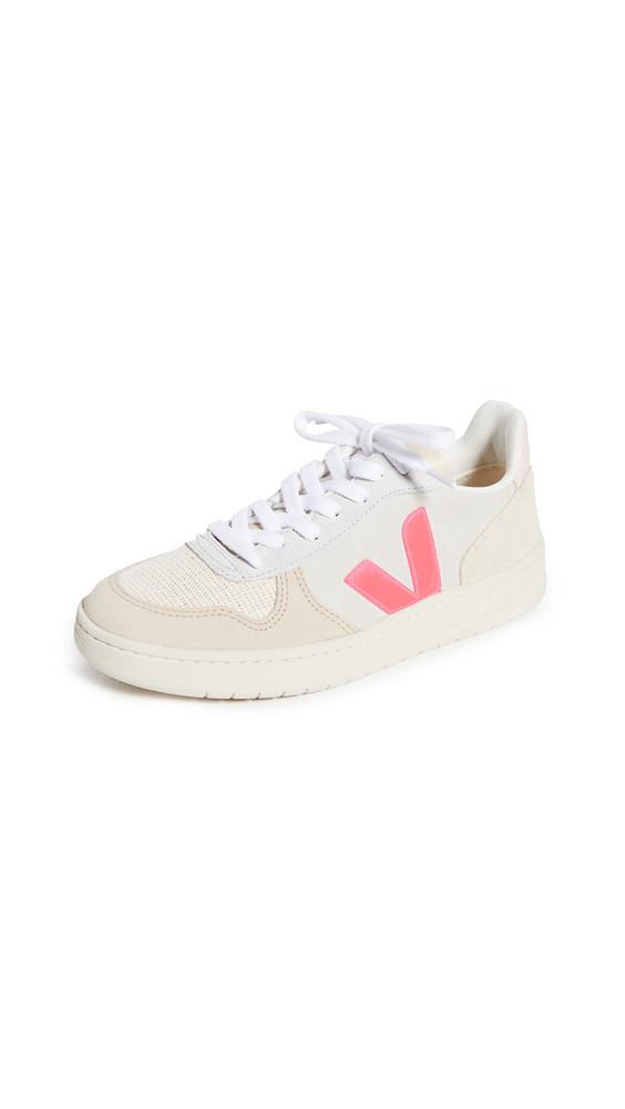Veja V-10 Sneakers in natural / rose