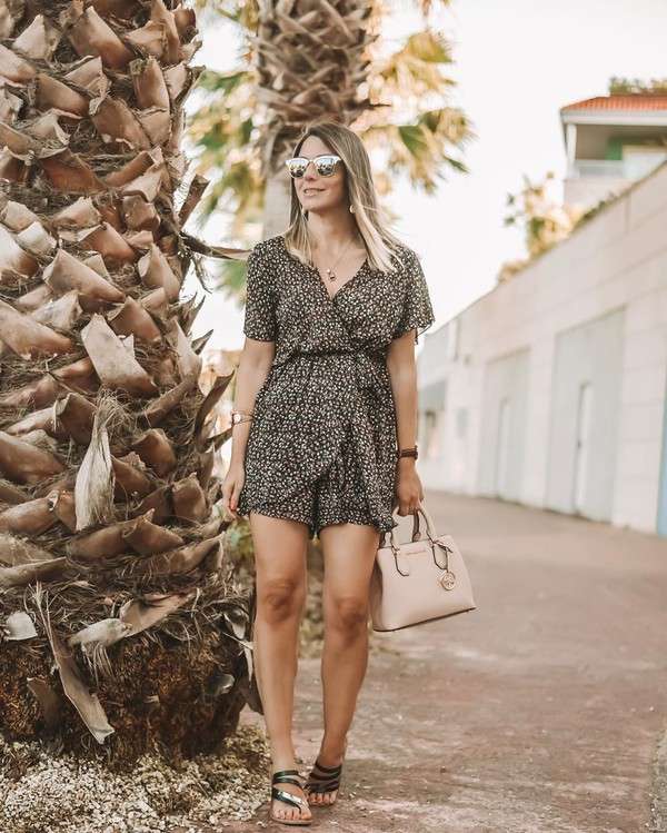 romper black romper short sleeve sandals handbag