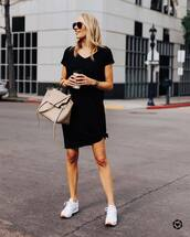 dress,black dress,mini dress,short sleeve dress,white sneakers,bag,casual,streetstyle