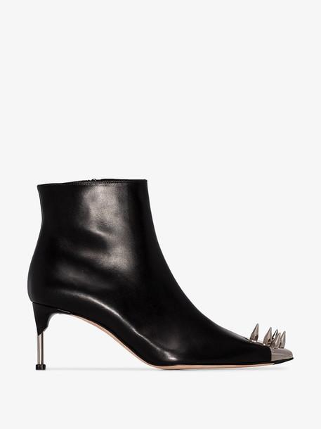 Alexander McQueen spike-embellished ankle boots in black