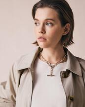jewels,sweater,coat