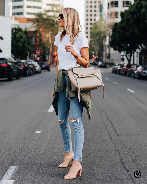 jeans ripped jeans skinny jeans army green jacket sandals shoulder bag white t-shirt