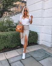 skirt,midi skirt,slit skirt,white sneakers,brown bag,white top