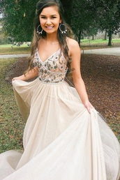 dress,boho,prom dress,prom,cute,long gown,tan,white,off-white,flowy,embroidered