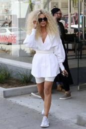 top,tunic,blouse,shorts,white,khloe kardashian,kardashians,celebrity,sneakers