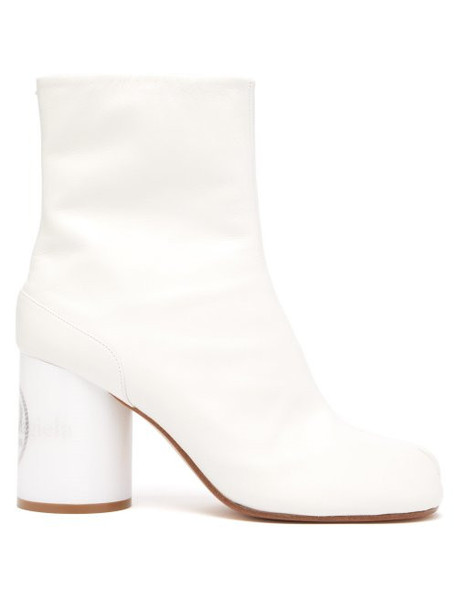 Maison Margiela - Tabi Holographic Heel Slit Toe Boots - Womens - White