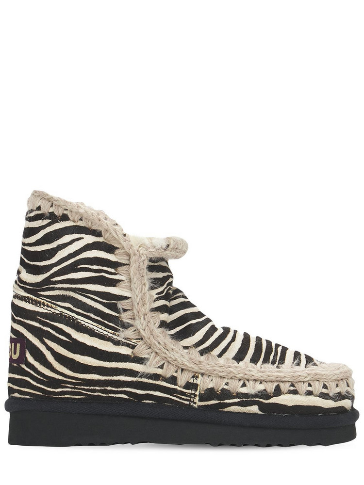MOU 20mm Eskimo 18 Pony Skin Boots in black / white